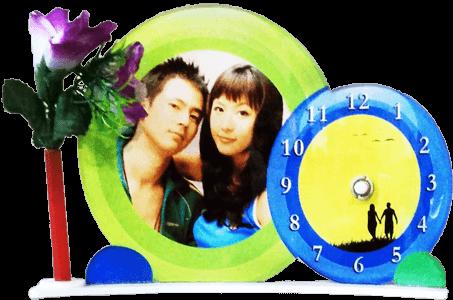 Round Photo frame with clock VizagShop.com